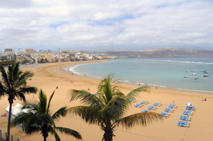 playa de las canteras Leandra